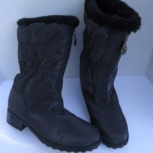 """SIZE8.5.Trotters""""Alberta """"Weather resistant Boots."""